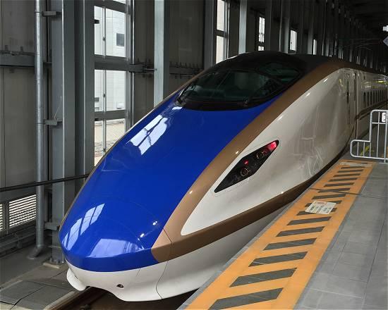 金沢 新幹線